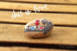 Rock painting with Birds in love