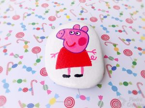 pepapig en piedra 300x224 - With Peppa Pig