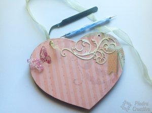 lazo para corazon dia de la madre 300x224 - A special gift for the most important person ... Mom!