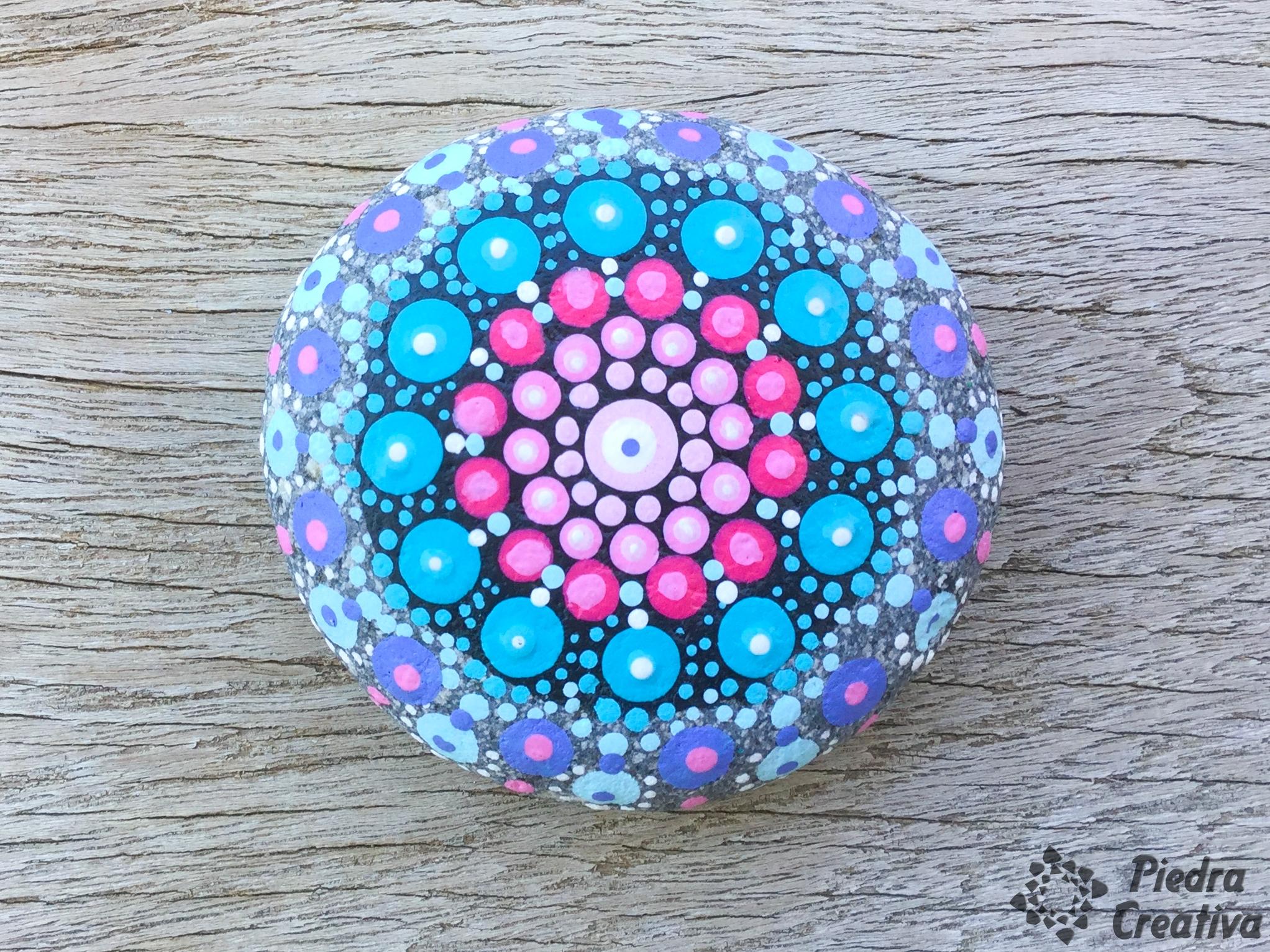 Mandalas su significado y poder for Dibujo de una piedra para colorear