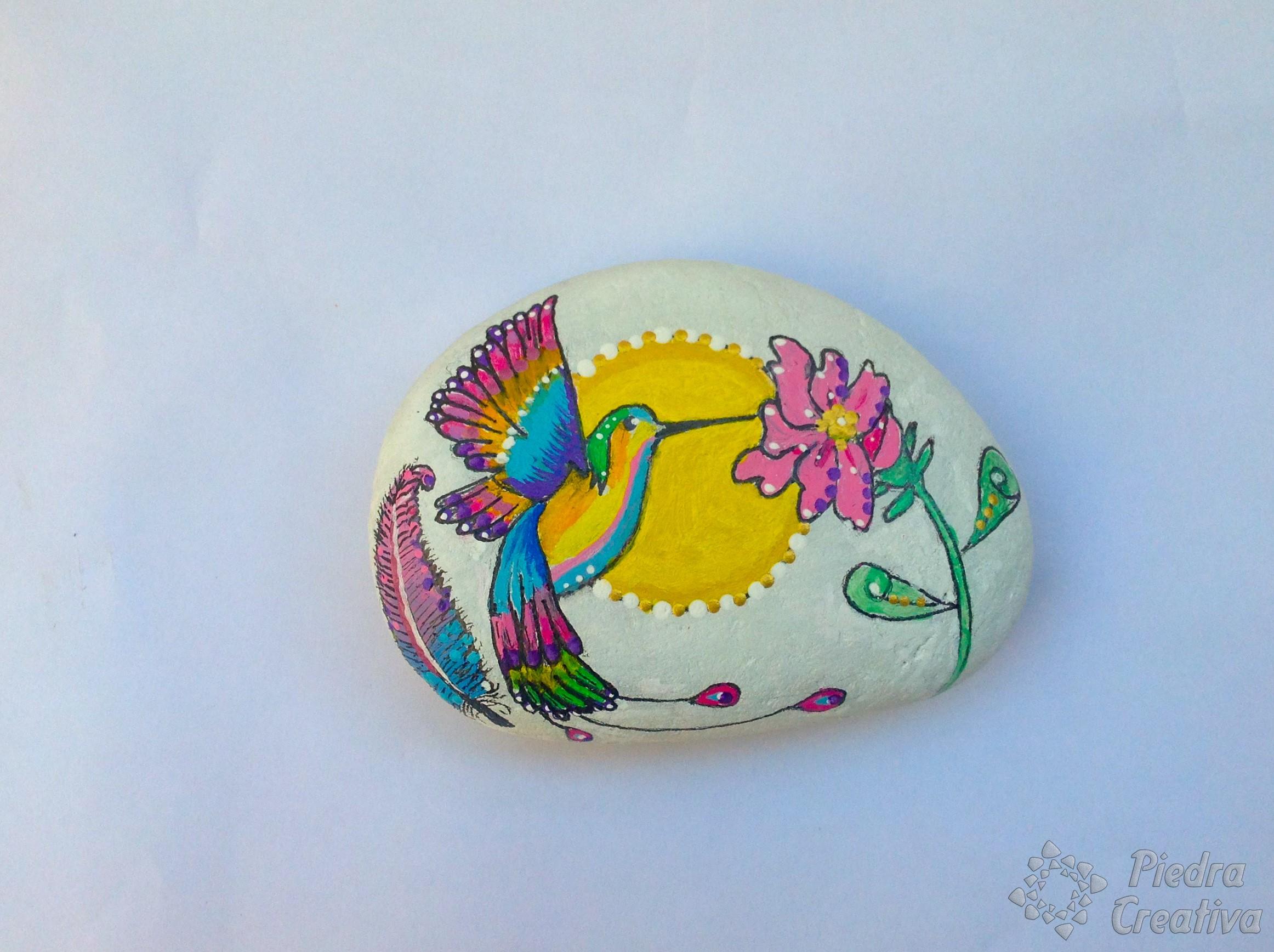 Hummingbird in rock painting 🐦 DIY in PiedraCreativa 🐦