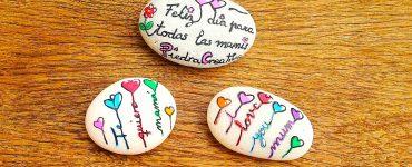 Piedras pintadas con frases te quiero