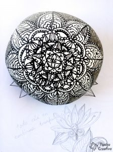 Mandala en blanco y negro de PiedraCreativa