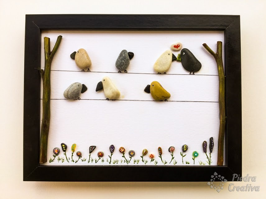 Cuadro decorativo de p jaros con piedras - Cuadros hechos con piedras ...