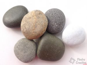 piedras para realizar decoupage 300x224 - Decoupage with stones, do you want to try them?