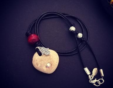 IMG 20180508 101633 385x300 - Hamsa necklace